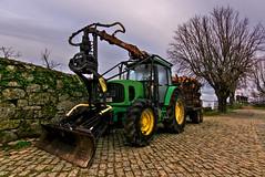 John Deere (f@gra) Tags: johndeere tractor rural phtography portugal sony signa verde motor machine