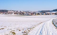Blick auf Gosheim (Tobias Keller) Tags: backlight bavaria bayern deutschland gegenlicht germany gosheim heimat huisheim landkreisdonauries landschaft schnee schwaben swabia winter home landscape geocountry camera:make=panasonic geo:lon=107081816 exif:isospeed=160 geostate geocity geolocation geo:lat=488342824 camera:model=dmcg5 exif:lens=lumixgvario1442f3556 exif:aperture=ƒ80 exif:focallength=23mm exif:model=dmcg5 exif:make=panasonic lumixgvario1442f3556 panasonicdmcg5