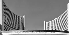 VIC Gate 1 (heinzkren) Tags: schwarzweis blackandwhite bw sw nonochrome panasonic lumix architektur architecture wien vienna eingang uno building gebäude geometry urban kagran donaustadt kaisermühlen unocity austria
