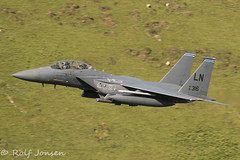 91-316 McDonell Douglas F-15 Strike Eagle US Airforce Mach loop 11.06-18 (rjonsen) Tags: plane airplane aircraft aviation military fighter jet low level flying mach loop snowdonia wales