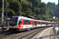 Luzern - Interlaken Express (LRO_1) Tags: nikon d7200 nikond7200 camerabag2 switzerland berneseoberland cantonofbern brienz zb diezentralbahn metregauge
