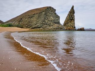 Golden Beach & Pinnacle (Playa Dorado y Pináculo)