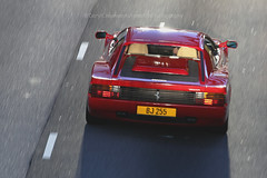 Ferrari, Testarossa, Wan Chai, Hong Kong (Daryl Chapman Photography) Tags: bj255 ferrari classic testarossa pan panning hongkong china sar wanchai canon 5d mkiii 70200l auto autos automobile automobiles car cars carspotting carphotography sun bright blurry power beautiful