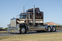 Cosgrove (Full Noise Photos) Tags: kenworth legend t900