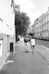 Nantes (samuelparois) Tags: canon canonet ql19 ilford hp5 rodinal film argentique analog monochrome