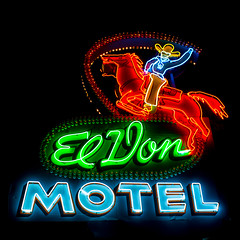 El Don Motel (Thomas Hawk) Tags: albuquerque america eldonmotel newmexico route66 usa unitedstates unitedstatesofamerica cowboy horse motel neon us fav10 fav25 fav50 fav100