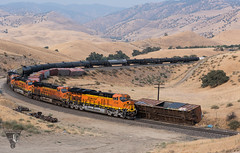 Not My Problem (Night Stalker Photo Works, LLC.) Tags: bnsf union pacific tehachapi up gevos nighttime fullmoon california desert railroading