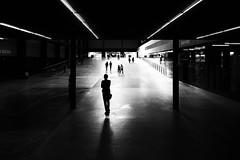 BOILER HOUSE (Florence Bonnin) Tags: florencebonnin noiretblanc individus street geometrie light photosàlasauvette blackandwhite dark tatemodern fuji mouvement londres bw black rue lumière