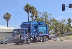 Republic Services Truck 7-31-18 (Photo Nut 2011) Tags: california sandiego sanitation wastedisposal garbagetruck trashtruck garbage refuse junk trash truck republicservices 2371