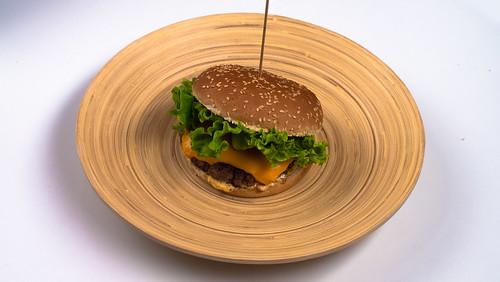 23) Burger classico ( 14 )