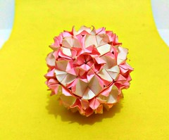The Spring Has Been Bloom (Meeyho) Tags: origami origamipaper folding origamiflower kusudama miotsugawa paperfolding aguessmodel