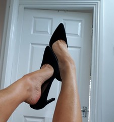 Dangle (newport50) Tags: sexyheels heels bare sexylegs barelegs ankles arched shoes shoefetish pretty erotic posing