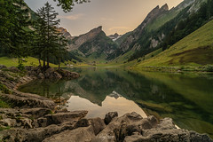 Alpenglühen (schuetz.photography) Tags: wasserauen appenzellinnerrhoden schweiz ch swiss switzerland alps mountain lake stone water appenzell seealpsee säntis sony a7 a7r2 ilce zeiss batik 18mm green blue sunset swissalps landscape panorama hdr landschaft alpha rogerschuetz photography nature a7rm2 a7rii emount mirrorless batis2818
