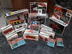 Kelloggs 1970 promo (GoodPlay2) Tags: lego legos kellogg kelloggs promo promotional winner 1970 70s 60s cornflakes town village vintage classic retro original rare early system