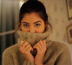 Sexy girlfriend in her chunky cozy turtleneck (Mytwist) Tags: sweatergirl sexy sweatersexual mytwist webfound lovely turtleneck tneck tn laine cozy bulky chunky knitwear outfit aranstyle weekendsweater sweet vintage vouge velour