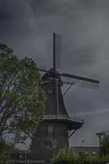 """""""Daams' Molen"""" te Vaassen (Fred / Canon 70D) Tags: mill daams'molen vaassen gelderland thenetherlands canon canon70d canoneos historicarchitecture erfgoed sigma sigma18300mmf3563dcmacrooshsmc bwcirpolhtcmrcnanoxsprodigital72mmkäsemann bw käsemann hdrefexpro2 windmill korenmolen"""