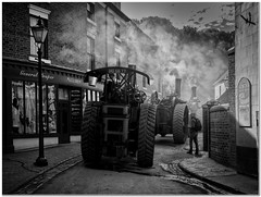 The steam parade (Hugh Stanton) Tags: steam roller engine victorian town parade