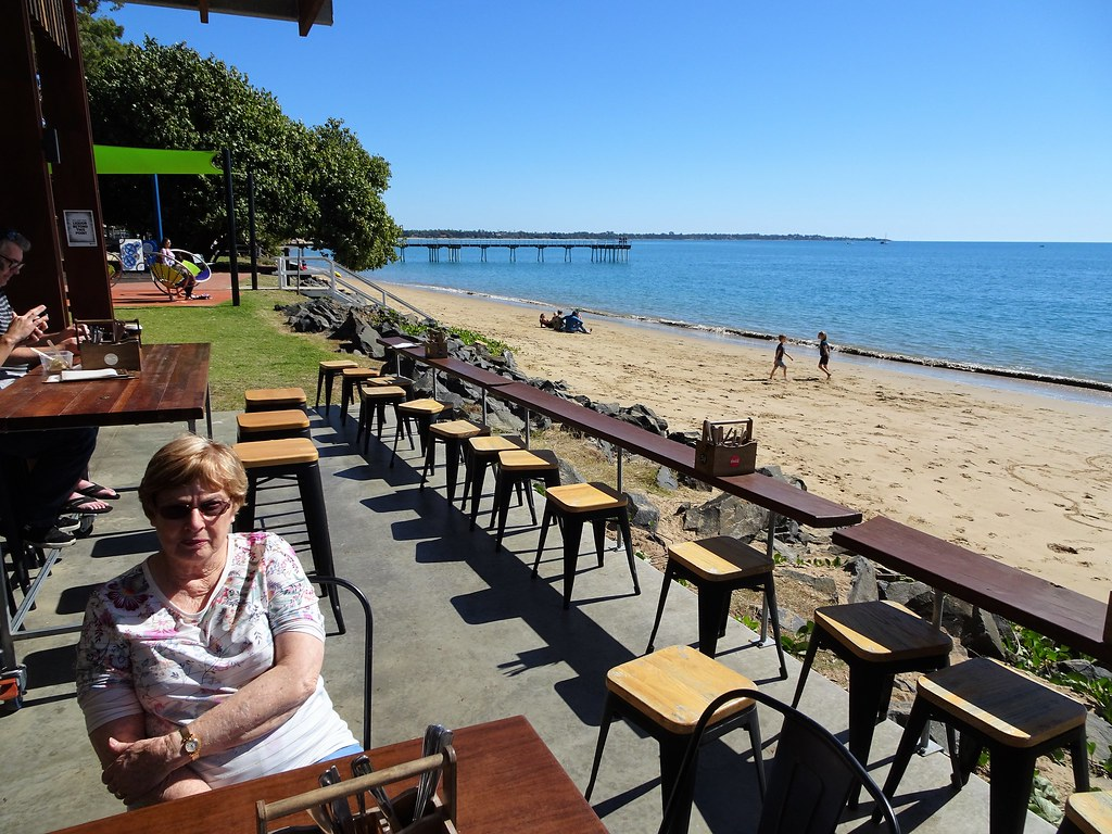 Hervey Bay. Enzos cafe on the beach at Torquay.