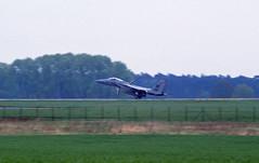 Berlin SXF ILA 2002 F-15 US Air Force (rieblinga) Tags: berlin schönefeld sxf ila 2002 us air force sp spangdahlem ab f15 eagle analog canon eos 1v agfa ctx 100