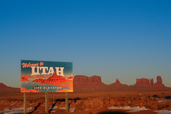 Welcome to Utah (amarilloladi) Tags: travel utah 7dwf signs signspostersoradvertisements crazytuesdaytheme southwest monumentvalley sign sky
