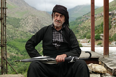 DSC05168 (Dirk Rosseel) Tags: kurd kurds kurdish people portrait uwramantakht howraman valley iran iranian umbrella