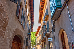Palma 26 June 2018 00174.jpg (JamesPDeans.co.uk) Tags: forthemanwhohaseverything landscape street printsforsale roads windows wwwjamespdeanscouk arch spain majorca palma shutters mallorca history architecture balconies landscapeforwalls europe jamespdeansphotography digitaldownloadsforlicence