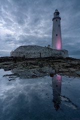 One Heartbeat In The Darkness (ttarpd) Tags: stmaryslighthouse st marys lighthouse whitley bay bait island tyneside newcastle upon tyne north east tynewear england uk gb britain greatbritain coast sea water rock shore tide causeway seascape landscape sunset sundown dusk twilight eventide reflection