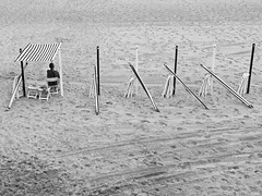 ... (Lanpernas .) Tags: toldos playa beach laconcha plage verano summertime summer arenal 2018 donostia sansebastián