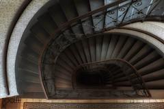 downstairs again (try...error) Tags: treppenhaus treppe stairs staircase architecture architektur wien vienna leica c clux stiegenhaus vienne scala