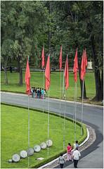 3000-61- EXPLANADA DELANTE DEL PALACIO DE LA REUNIFICACIÓNSAIGÓN  - VITNAM - (--MARCO POLO--) Tags: palacios rincones curiosidades asia