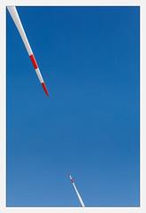 IMG_3105 (fot_oKraM) Tags: windkraft windkraftanlage rotor rotorblatt wind turbine nrw muensterland power strom energie sky tips tip points