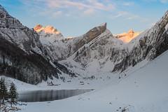 Ostermontag, Sonnenaufgang am Seealpsee (Conny242) Tags: wasserauen appenzellinnerrhoden schweiz ch