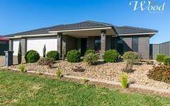 79 Royce Crescent, Lavington NSW