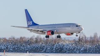 LN-RRU SAS Scandinavian Airlines Boeing 737-883