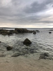 Day 2 (Emma:king) Tags: shore sealevel horizon gloomy afternoon evening serenity southcoast australia newsouthwales nsw beachtown rocks clearwater clouds overcast waves ripples water holiday sunset beach bendy bendalong