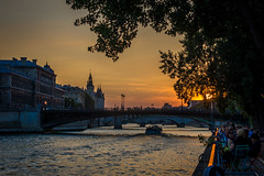 A look at the sunset along the Seine river in Paris.