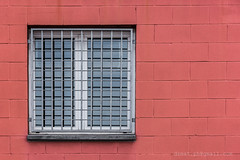 Red prison (dzmat) Tags: window red bricks urban city street industrial sabadell nikon d7200 18140mm