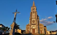 Eglise de Benejacq, Bearn (thierry llansades) Tags: lieu jeu jeux eglise benejacq bearn 64 pau larens laruns bayonne aquitaine pa pyrénéesatlantique atlantique pireneu pireneos pyrénus pyrénées