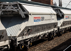 IIA 8170 0659 039-9 (JOHN BRACE) Tags: iia 8170 0659 0399 2017 built covered hopper seen part 0830 middleton towers monk bretton sand train passing doncaster 1451 running time