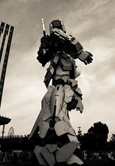 His job is (sapphire_rouge) Tags: gundom odaiba 東京 お台場 seaside 湾岸 japan tokyo
