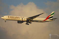 Emirates Airlines - Boeing 777-300ER - A6-EGO (Stavridis - Aviation & Photography) Tags: sunset sun emirati emirates gulf arabian omdb dxb dubai mirdif airport airliners airways airline jetphotos jetspotters avgeek spotters spotting aviation boeing 777 777300 777300er