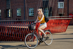Copenhagen Bikehaven by Mellbin - Bike Cycle Bicycle - 2018 - 0029 (Franz-Michael S. Mellbin) Tags: accessorize amager bici bicicleta bicicletta biciclettes bicycle bike bikehaven biking bryggebroen copenhagen copenhagenbikehaven copenhagencyclechic copenhagencycleculture copenhagenize cycle cyclechic cycleculture cyclist cykel cyklisme denmark fahrrad fashion fiets islandsbrygge københavn people places rower street sykkel velo velofashion vélo