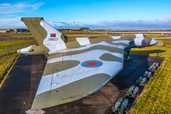 Abandoned (Yorkshire Pics) Tags: vulcan xm607 rafwaddington vulcanbombr 16112016 16thnovember 16thnovember2016 1611 aircraft warbirds bomber bomberplane deltawing decommissioned grounded