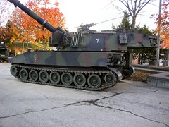 "PzH M109 9 • <a style=""font-size:0.8em;"" href=""http://www.flickr.com/photos/81723459@N04/43238914294/"" target=""_blank"">View on Flickr</a>"