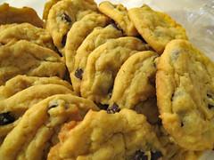 Homemade Cookies. (dccradio) Tags: lumberton nc northcarolina robesoncounty indoor indoors inside cooke cookies chocolatechip sweet treat snack food eat dessert homemade yum sweets treats canon powershot elph 520hs