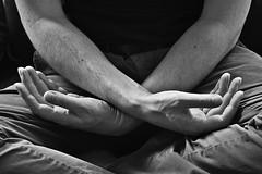 Jean-Marie # 28 (just.Luc) Tags: hands mains handen hände bn nb zw monochroom monotone monochrome bw man male homme hombre uomo mann parijs parigi paris îledefrance france frankrijk frankreich francia frança