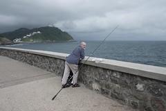 donostia 2018 (_gaëtan_rossier) Tags: donostia san sebastian spain basque vasco roadtrip ocean waterfront fishing portrait fujifilm fuji xh1 gaëtanrossier2018