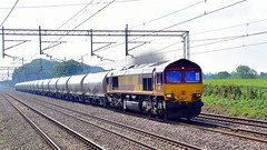 66183 (Martin's Online Photography) Tags: class66 66183 actonbridge rail train ews nikon nikond7200