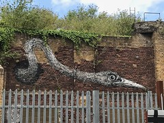Roa on Pedley Street (Matt From London) Tags: roa pedleystreet bird streetart