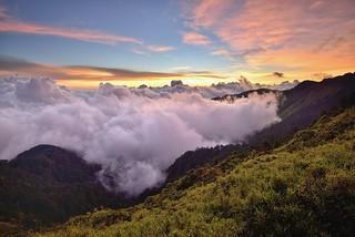 Sunset at Mountain Hehuan 合歡山夕陽
